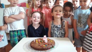Les anniversaires de Juillet et Août – Joyeux anniversaire Adèle et Lou ! 4 ans